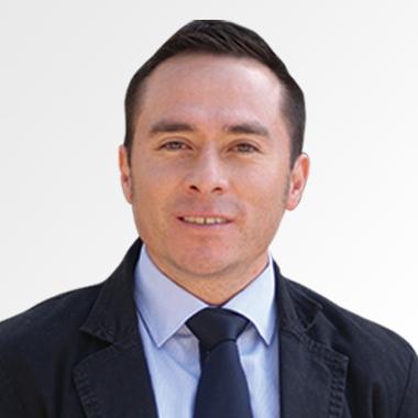 Mtro. Luis Floriano