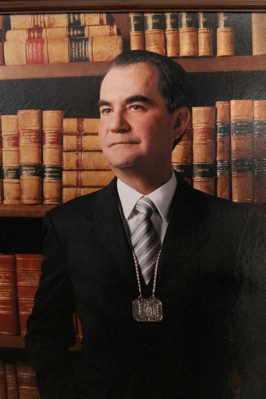 Dr. Antonio Ávila Storer