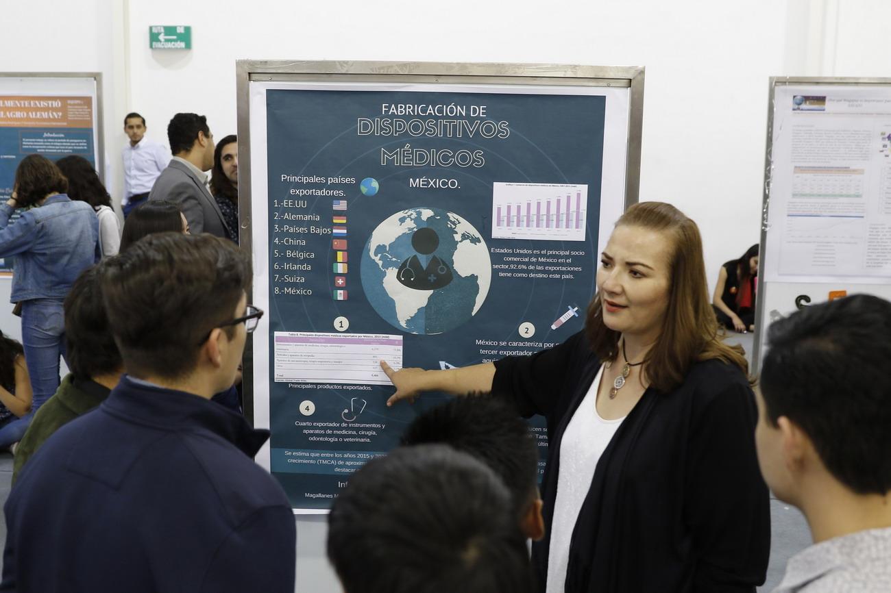 Primer Foro de Comercio Internacional de la UAA reúne a más de 400 estudiantes