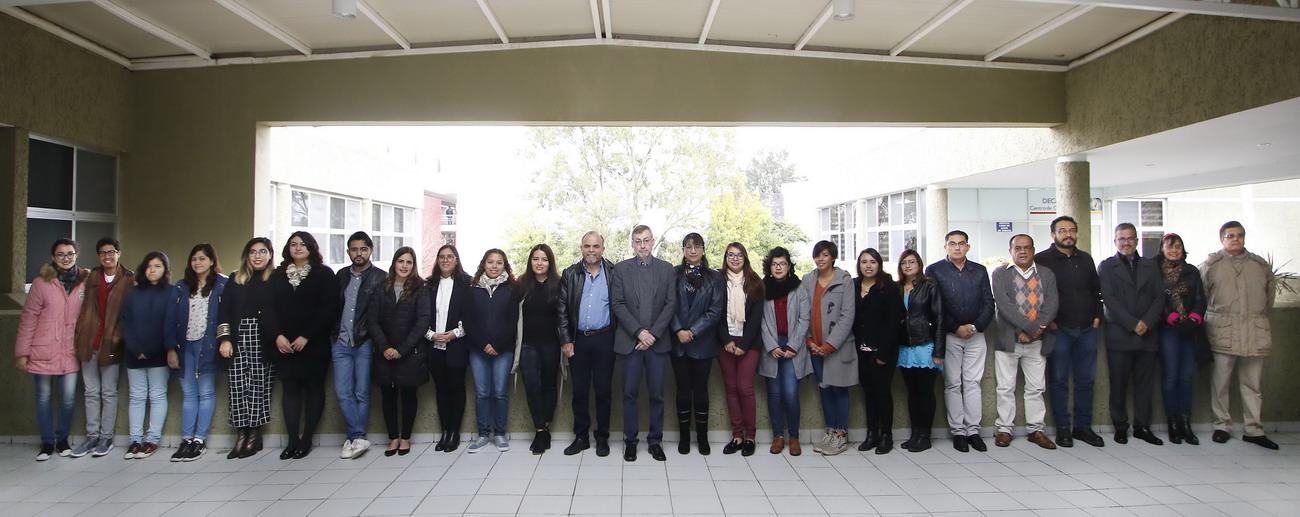 UAA reconoce vocación científica y tutorial en alumnos del Centro de Ciencias Básicas