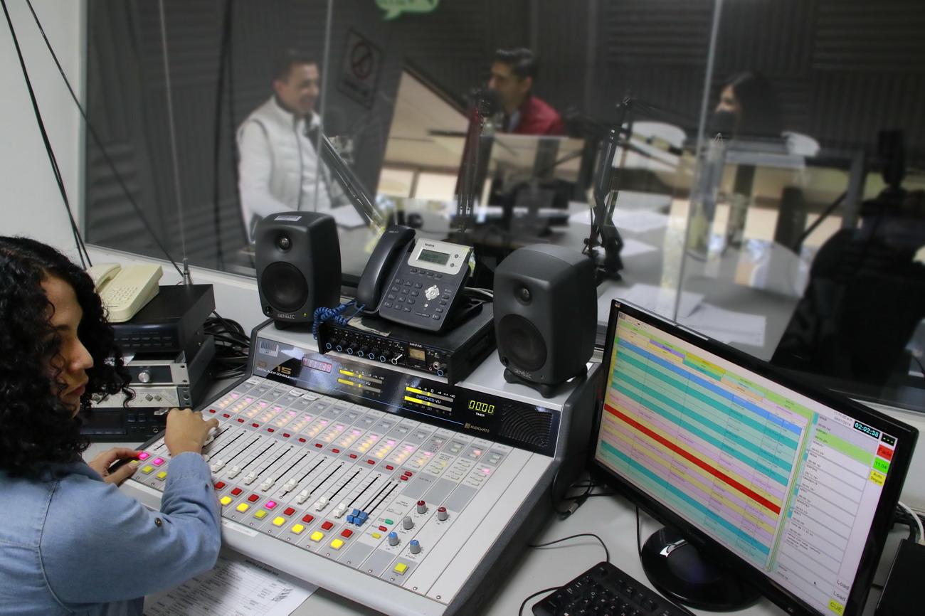 Celebra Radio Universidad 41 años de transmisión ininterrumpida