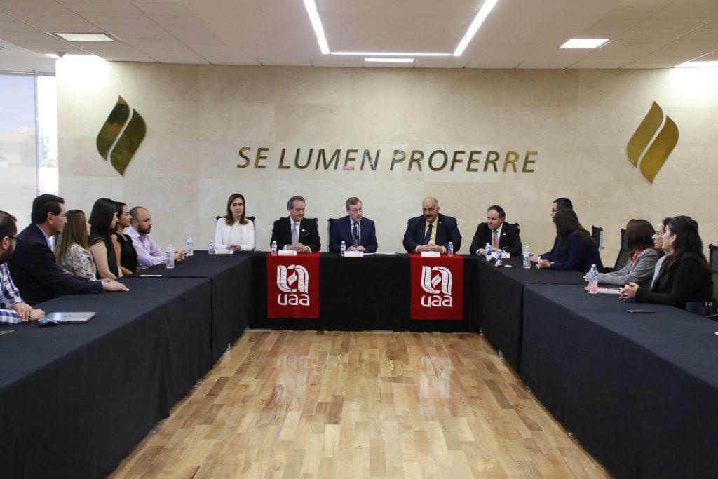 EN PROCESO DE REACREDITACIÓN LA CARRERA DE MÉDICO ESTOMATÓLOGO DE LA UAA