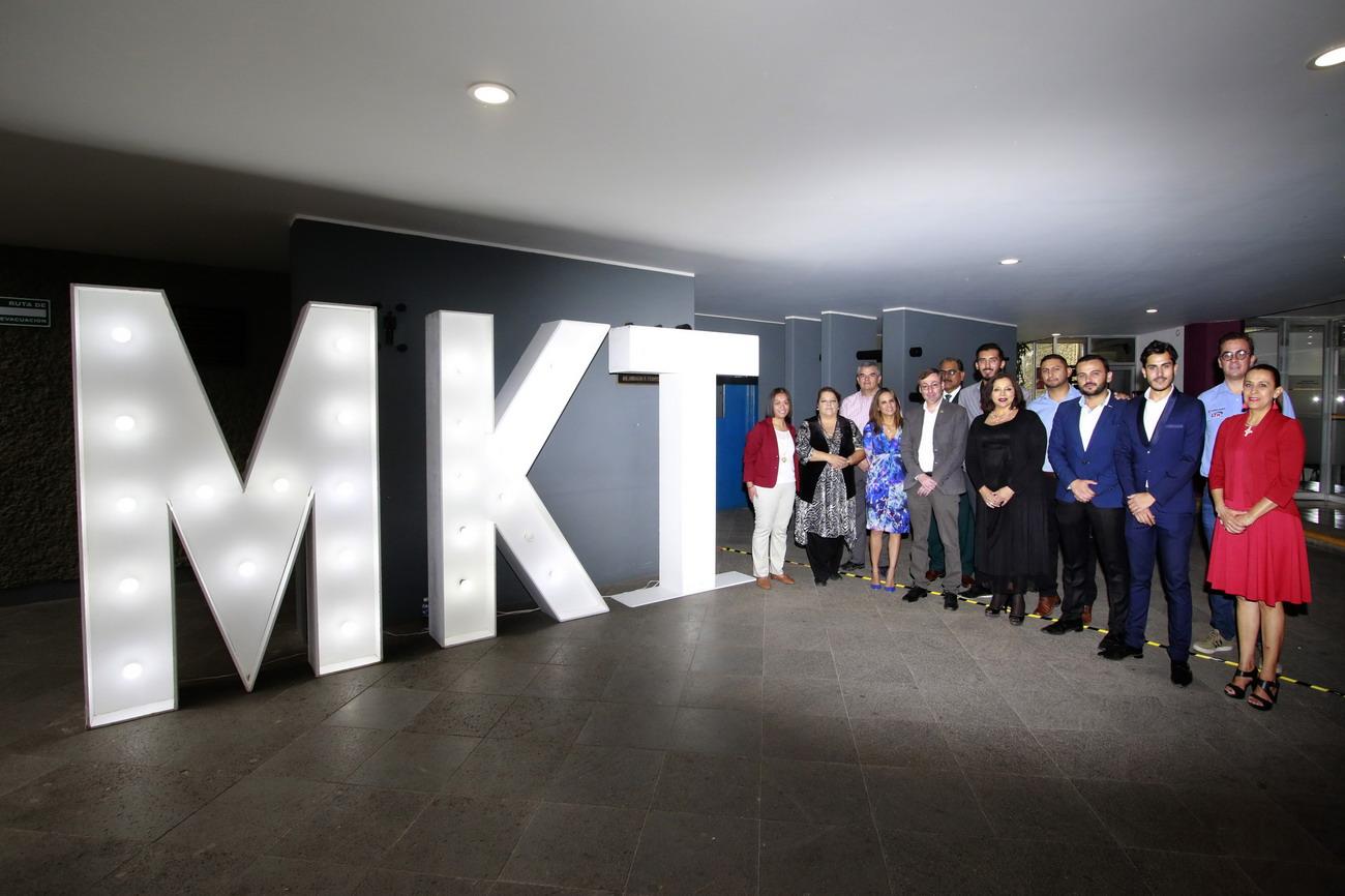 Estudiantes y Egresados de Mercadotecnia de la UAA celebran el 25 aniversario de su licenciatura
