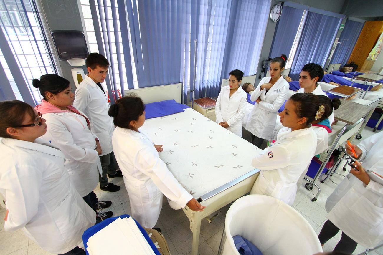 Congrega UAA a más de 200 profesionales pasantes y estudiantes de la salud en Segundo Coloquio Nacional de Investigación en Enfermería