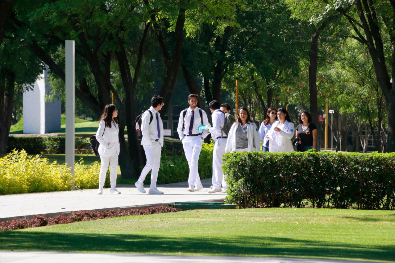 Bolsa de Trabajo de la UAA coloca anualmente cerca de 500 estudiantes y egresados en el campo laboral
