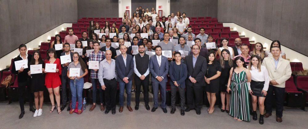 UAA clausura con éxito el programa Más negocio con redes sociales