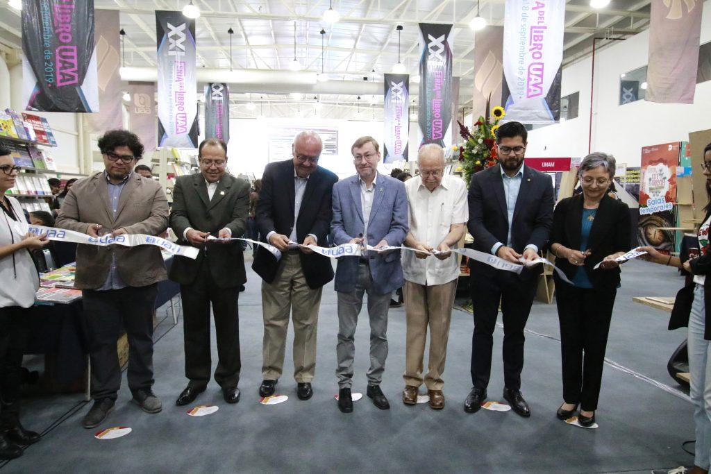 UAA inaugura su XXI Feria Del Libro Universitaria con más de 100 expositores