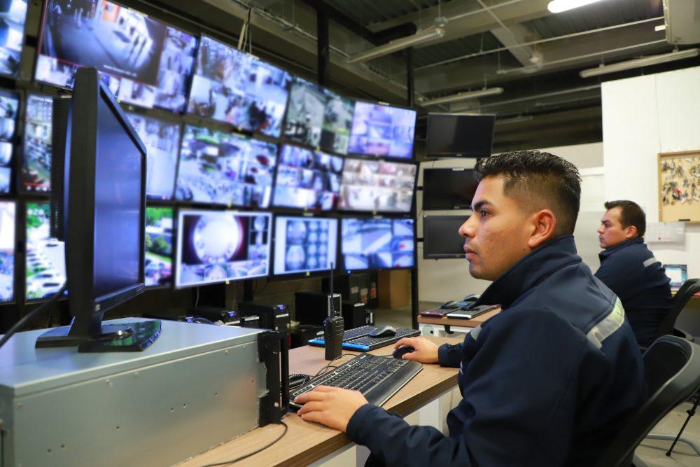 UAA mantiene monitoreo constante de sus campus y planteles mediante videovigilancia