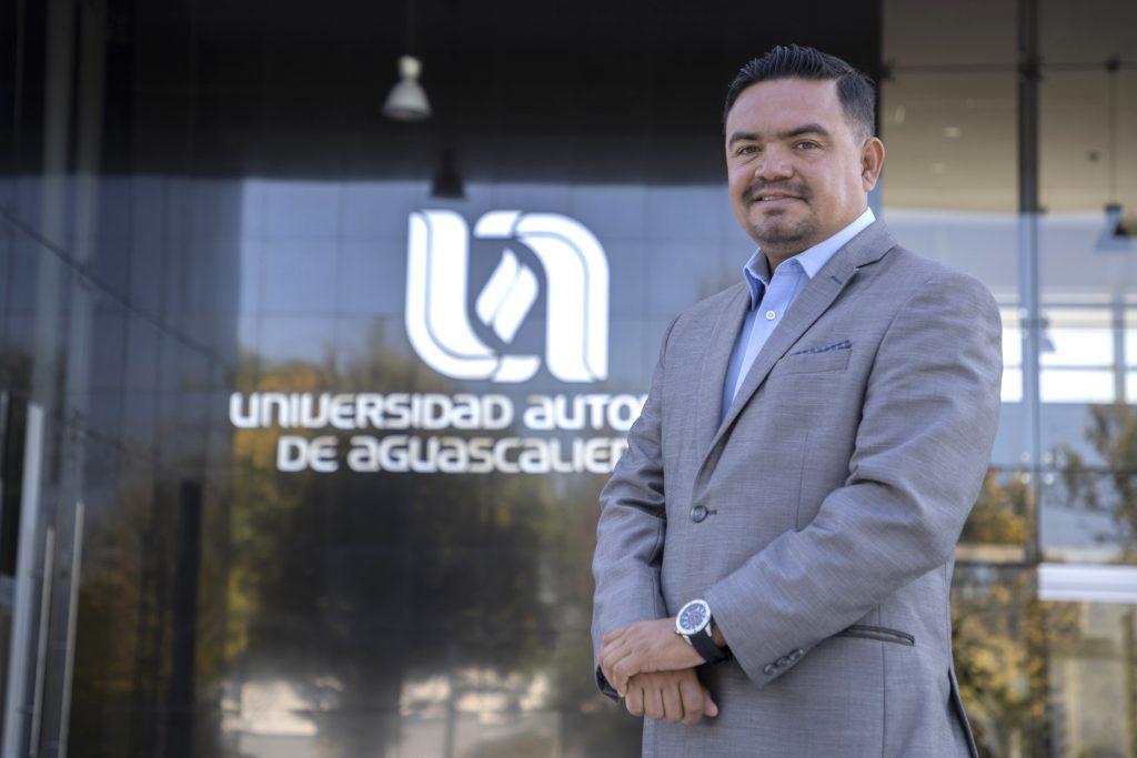 """UAA se consolida a nivel nacional como una de las instituciones con más premios en el """"Reto Antad Emprendedor"""""""