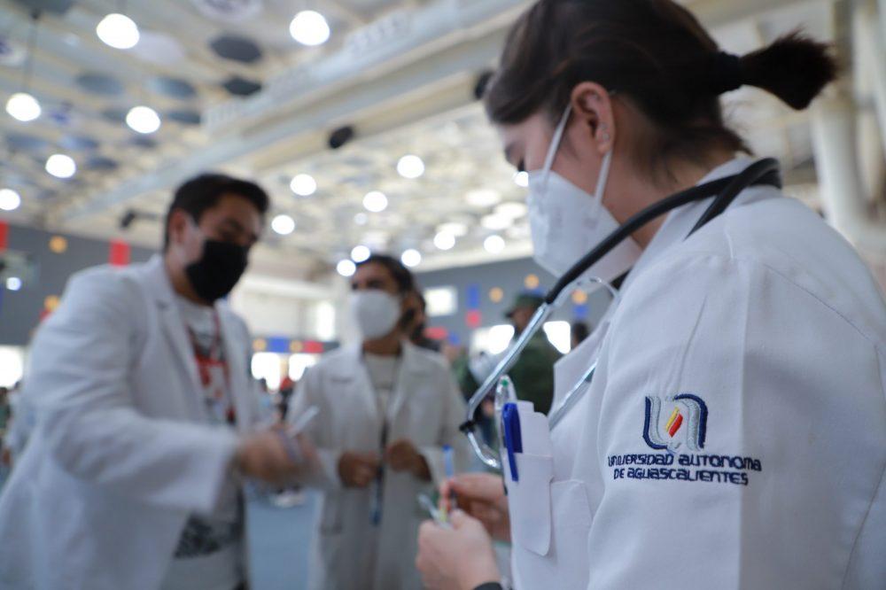 Más de 108 mil dosis contra la COVID-19 se han aplicado en el Centro de Vacunación de la UAA