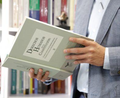 Catedrático de la UAA analiza el fenómeno migratorio y la situación administrativa de los migrantes