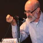 El Referente Actoral, Luis de Tavira, Incitó a una Profunda Reflexión sobre la Personificación en la UAA