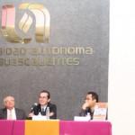 El Periodista Teodoro Rentería Presenta su Libro y Exhibe la Historia del Periodismo Mexicano