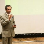 Imparten Conferencia sobre Bioseguridad en el Área Clínica para Estudiantes de Estomatología