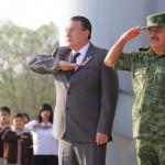 Búsqueda de la Paz, la Unidad, el Progreso y el Bienestar con cada Homenaje a la Enseña Nacional