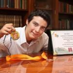 Reconoció Andrade Cervantes Logro Obtenido por José de Jesús Naveja Romero Durante Reunión en Rectoría