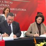 3 Millones de Pesos para el Fondo de Becas Recibió la UAA del Municipio de Aguascalientes