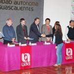 UAA Reconoció a Estudiantes Seleccionados para Participar en las Olimpiadas de la Ciencia de Biología, Física y Química 2011