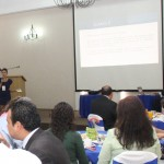 Realizan Estudiantes de LCO Presentación a Empresarios para Establecer Vínculos con su Campo Laboral
