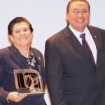 Irma Graciela de León, Jefa del Departamento de Información Bibliográfica de la UAA, Será Reconocida Dentro de la Fil Guadalajara como la Bibliotecaria del Año.