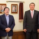 Reconoce UAA Labor de Francisco Esparza Parada en Favor de la Institución.