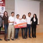 Se llevo a cabo la premiación al concurso universitario emprendeuaa 2013