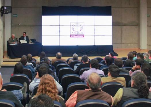 Dcrp profesor del cuec dicta conferencia sobre iluminaci n cinematogr fica y televisiva en la uaa - Iluminacion cinematografica ...