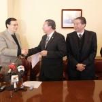 Designa la H. Junta de Gobierno a Mario Andrade Cervantes como rector de la UAA en el período 2014-2016