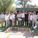 Alumnos del CCSH reconocen labor de trabajadores de jardíneria de la Autónoma de Aguascalientes
