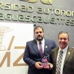 Catedrático UAA recibe premio Centauro Quirón