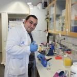Egresado de la UAA investiga en instituto sueco nuevos panoramas sobre el Alzheimer