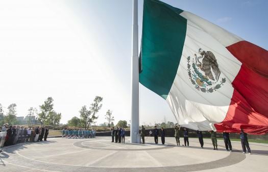 189 Honores Bandera-1