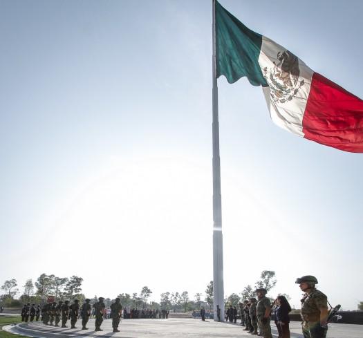 189 Honores Bandera-2