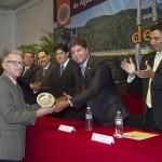 Recibe decano del CCDC reconocimiento como Ingeniero Civil del año