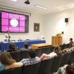 Miembro de la New York Academy of Sciences presenta en la UAA Por las venas corre luz