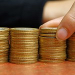 Precio del dólar se estabilizará en un plazo no mayor a seis meses, considera economista de la UAA