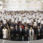 Reciben título universitario 1 mil 330 gallos de la Universidad Autónoma de Aguascalientes