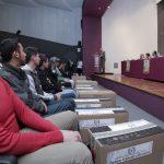 Universidad Autónoma de Aguascalientes entrega en donación 495 equipos de cómputo a estudiantes becados
