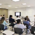 Vocero nacional de Buró de Crédito ofreció charla sobre educación financiera en la UAA