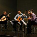 """Se presentó el trío de guitarras """"3nsambl3"""" en la UAA como parte de las actividades de Polifonía Universitaria"""