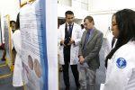 Más de 300 estudiantes de cuatro centros académicos de la UAA presentan trabajos en muestra de carteles morfológicos y material didáctico